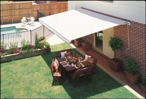 awnings_lifestyle_prestige_blinds_awnings